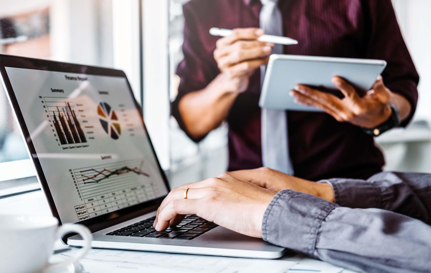 Comment le webmarketing peut m'aider à augmenter mes ventes?